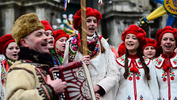chernovtsy i etno festival malanka glav